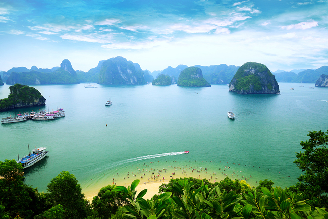 Halong Bay Travel Guide - Top Things To Do