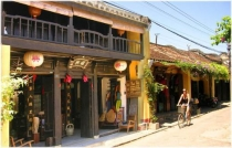 Central Vietnam 3 Days 2 Nights Tour (Saigon, Hoi An, My Son, Da Nang)