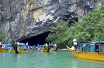 Tour Da Nang - Ba Na Hill - Hue City - Phong Nha Cave 3 Days 2 Nights