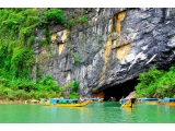 Tour Saigon - Da Nang - Son Tra Peninsula - Hoi An Old Town - Ba Na Hill - Hue City - Phong Nha Cave 5 Days 4 Nights | Viet Fun Travel