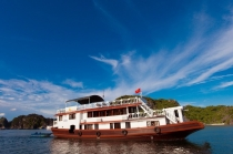 Halong Bay Tour on Sunlight Cruise 2 Days 1 Night