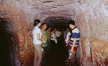 Dmz Vinh Moc Tunnels Tour From Hue Vietnam To Dmz Quang