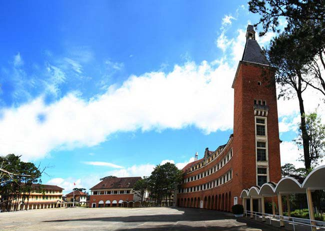 Dalat Teachers Training College