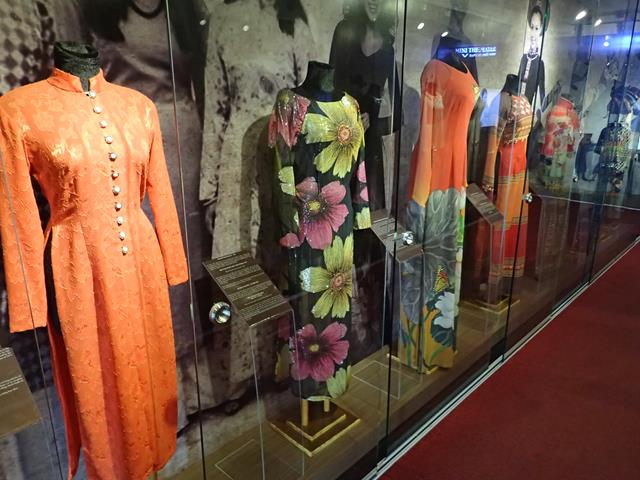 Ao-Dai-Museum-Viet Fun Travel