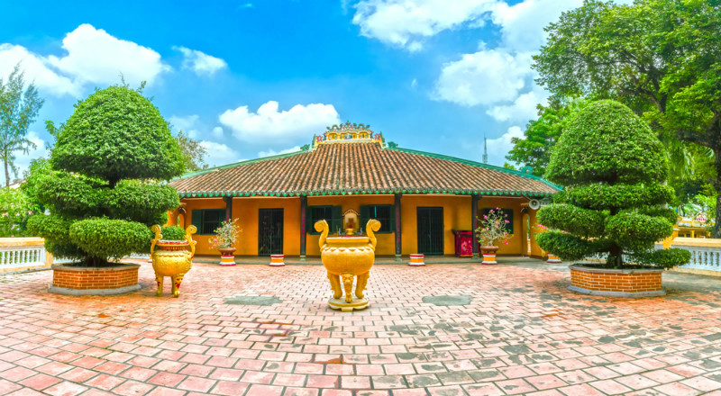 Top Famous Temples and Pagodas in Ho Chi Minh City (Saigon)
