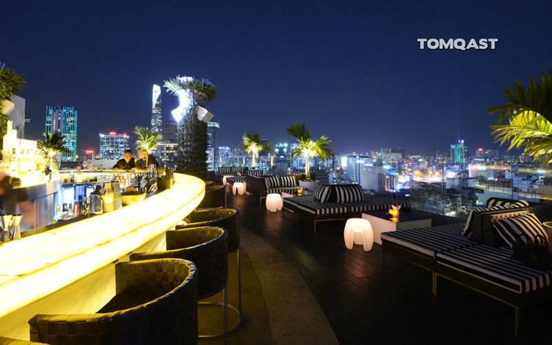 Glow Sky bar Saigon view