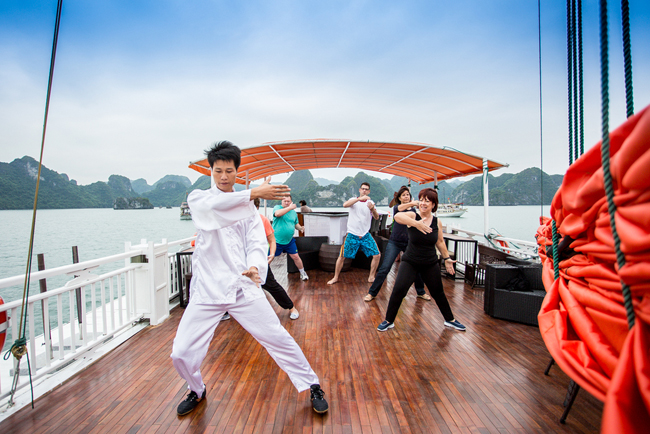 Do Tai Chi exercises
