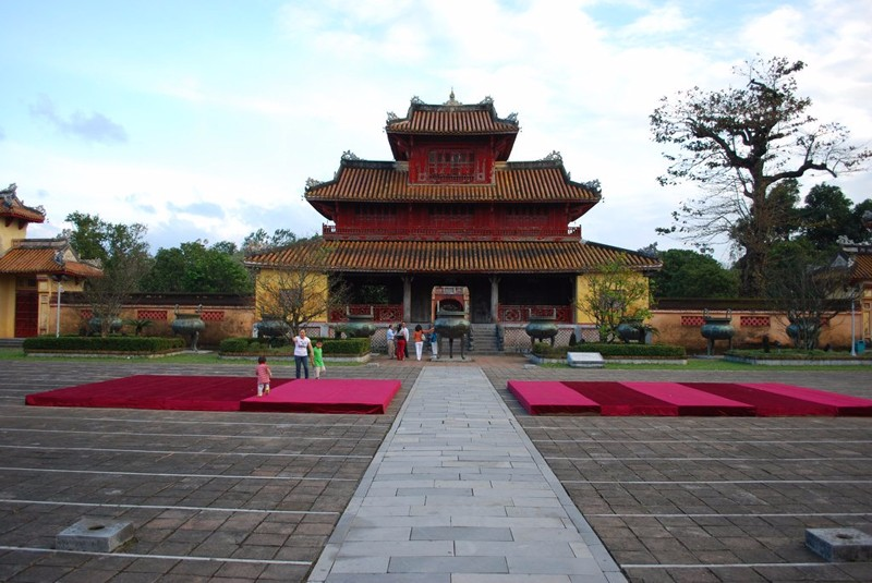 Hien Lam in Hue imperial