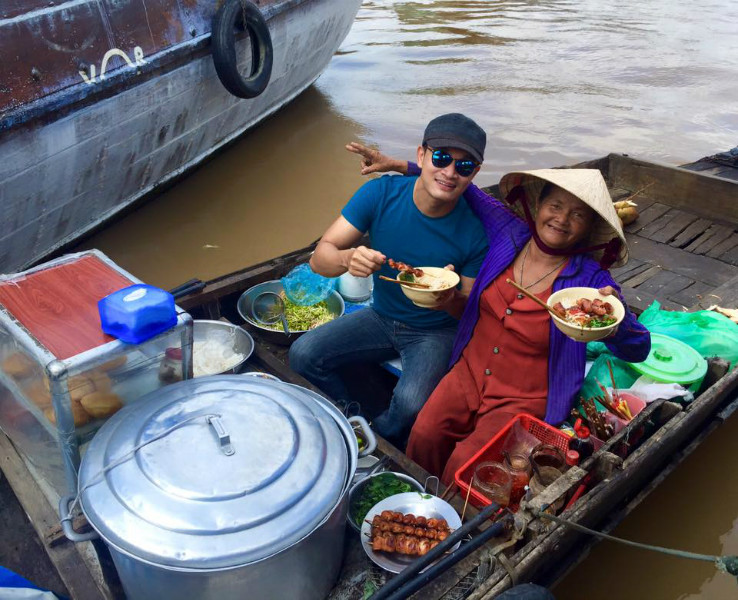Moring in Cai Rang Floating market