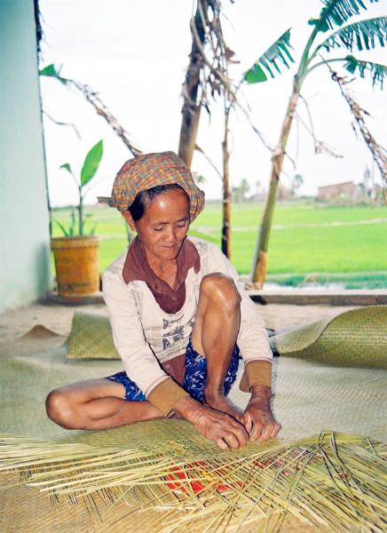 Phu My weaving village