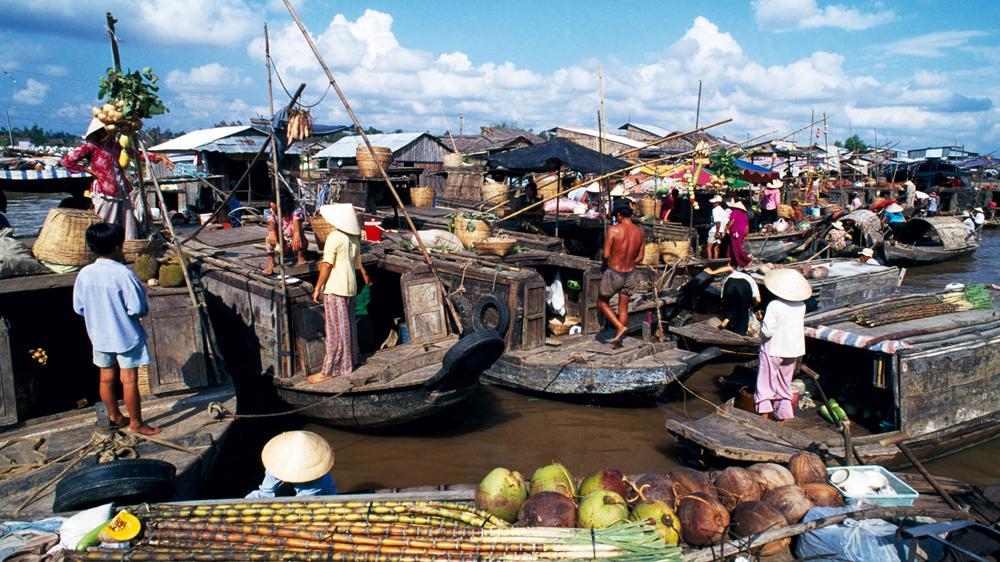 cai-rang-floating-market-mekong-delta-veit-fun-travelt