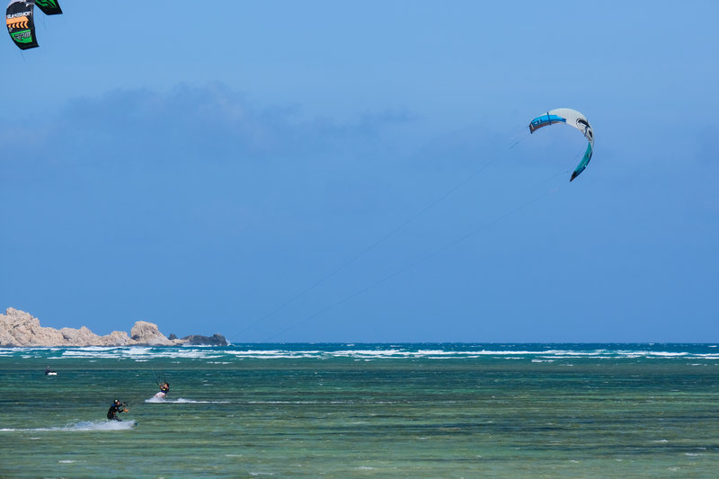 Mui Ne kitesurfing- Mui Ne is a great paradise for kitesurfing