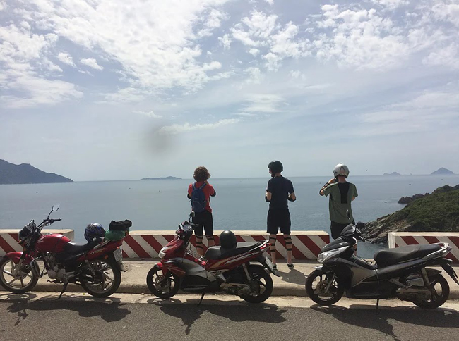 How to explore Nha Trang one day by motorbike?