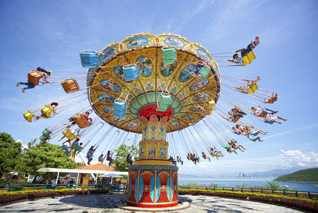 Outdoor amusement games vinpearl nhatrang