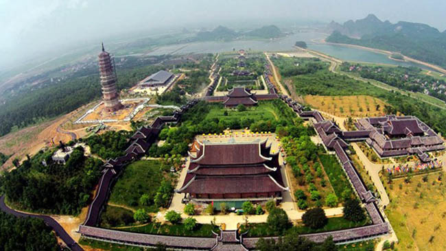 Top Most Famous Pagodas In Vietnam