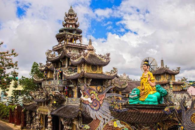 Linh Phuoc Pagoda Da Lat