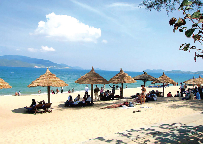 Chill out at one of the Top Gorgeous Beaches in Vietnam